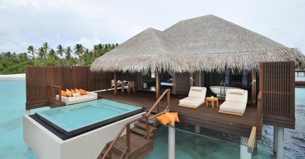 Bungalow-Resort-Beach-Island-Maldives-HD